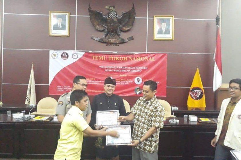 Ketum ICHI sebagai salah satu pembicara temu Tokoh Nasional Peradah dan KMHDI DKI Jakarta